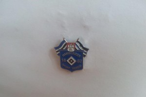Hamburger Sportverein 1887 mit Doppel-Fahne