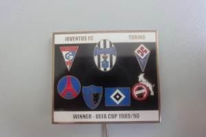Juventus Turin im UEFA Cup 1989-1990 Anstecknadel
