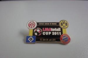 Ligatotal Cup 2011 gelbe Ränder
