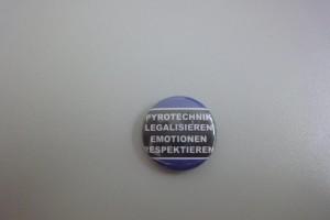 Pyrotechnik legalisieren - Emotionen respektieren HSV Button